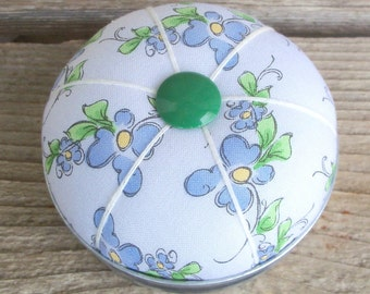 ON SALE - White and Blue Floral Mason Jar Lid Pincushion, Pinkeep,Sewing Accessory, Sewing Notion, Needle Holder, Flowers, Cottage Decor