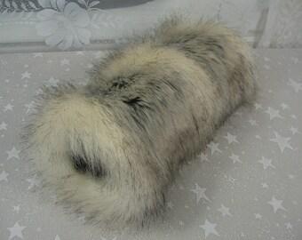 Faux Fur Hand MUFF, Women's Hand Muff, Faux Fur Muff, Canadian Fox Stone Handmuff, Long Fur Muff