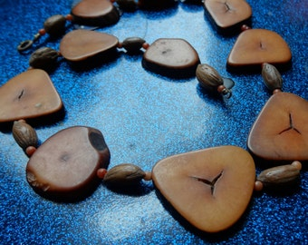 wood bead disc necklace handmade vintage