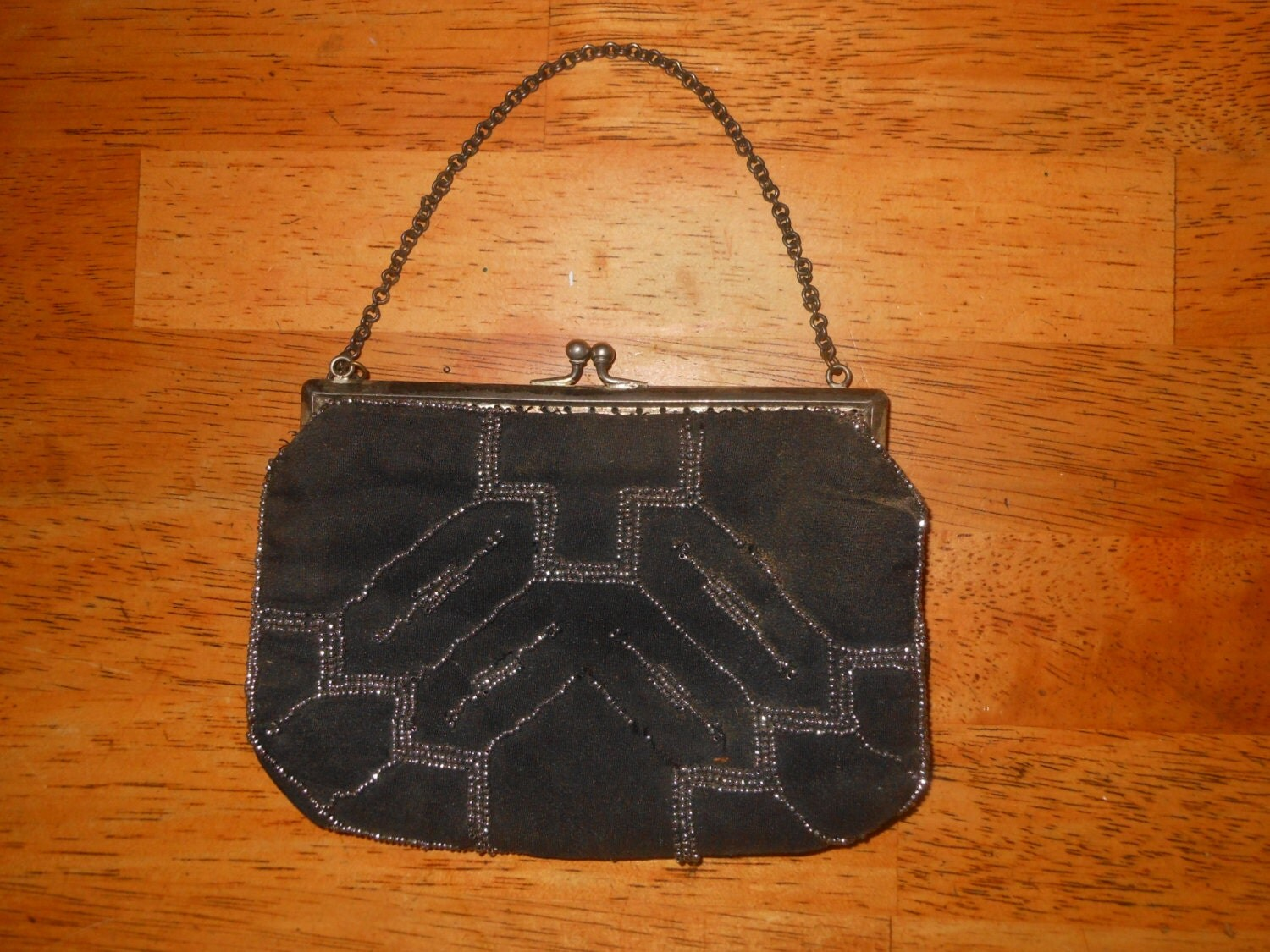 vintage 1940 s small beaded purse with silver plate frame