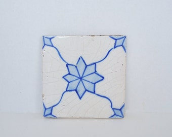 Decorative Blue and White Hand Painted Star or Flower Pattern Tile