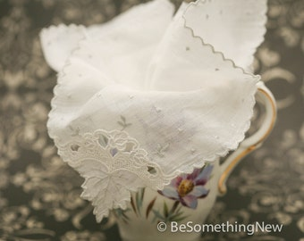 White Vintage Lace Wedding Hankie, Delicate Leaf Design Wedding Accessories, Gifts for the Bride