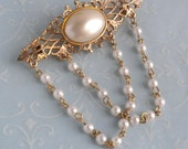 Gold Filigree and Faux Pearl Festoon Brooch