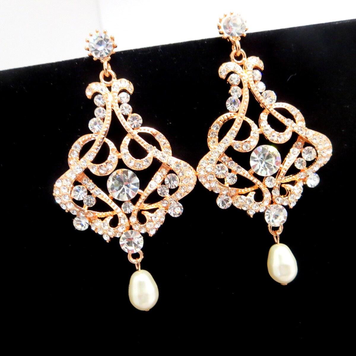 Bridal chandelier earrings Rose gold Wedding earrings Pink