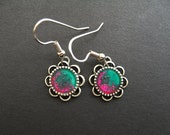 AMBROSIA AFFORDABLES 13 x13 mm Earrings Hot Pink Green