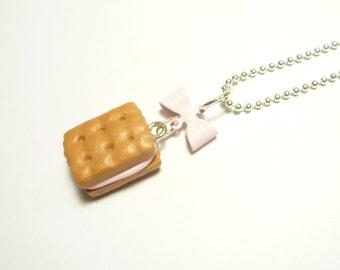 Sandwich Biscuit Necklace - Strawberry cream