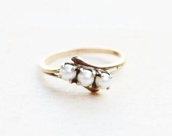 10K Pearl Trio Ring - Size 6.25