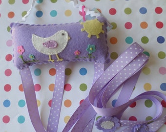 Birdie Hair Clip And Bow Holder