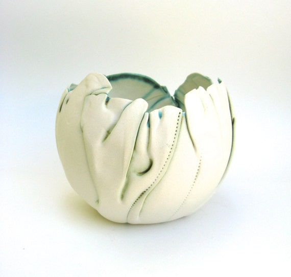 hand built porcelain bowl  ...   balloon bowl
