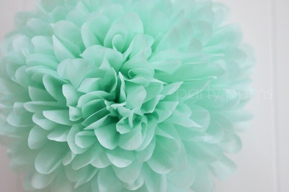 Cool mint tissue pom pom weddings birthday baby shower - Baby deko mint ...