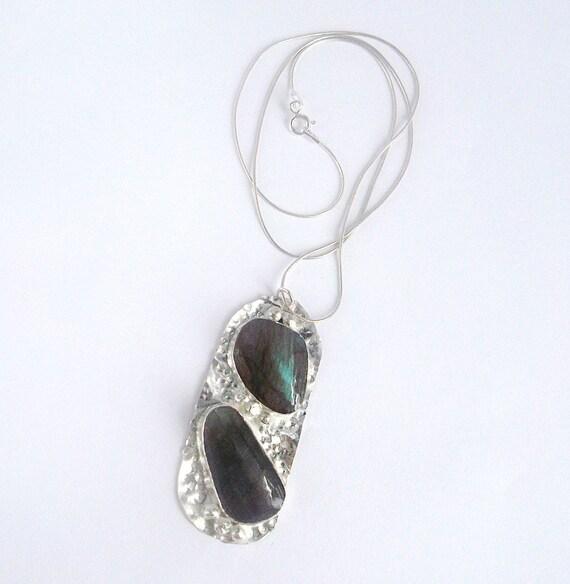 https://www.etsy.com/listing/197627790/labradorite-pebble-necklace-beach-pebble?ref=shop_home_active_11