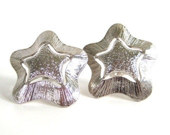Vintage 80's Avon // Large Silver Stars Clip on Earrings