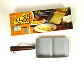 Nordic Ware Mr. Omelet in Box 70s / Includes Scraper and Recipe Booklet / Like-New