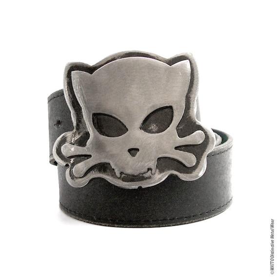 Outlaw Kitty Belt Buckle by WATTO Distinctive Metal Wear