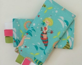 Sucking Pads - Drool Pads - Fits all Baby Carriers - Merry Mermaids