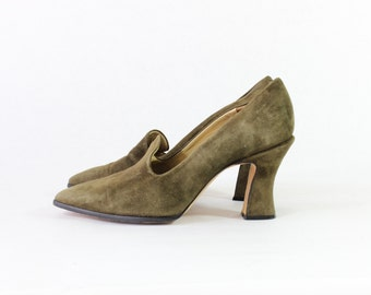 Vintage Olive Green Suede Chunky High Heels - size 9