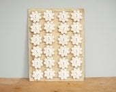 Vintage Button Card - 24 White Flower-Shaped Buttons on Original Card
