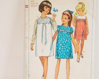 Vintage 1960s Dress - Girls' and Chubbies' One piece Dress Pattern 6379 Size 10