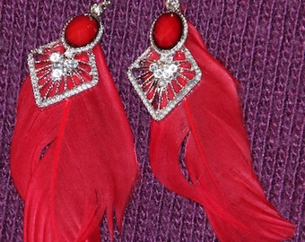 Feather dangling fashion color earrings