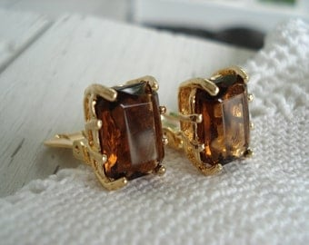 Vintage Emerald Cut Whiskey Topaz Crystal Glass Gold Clip Earrings Modernist Statement
