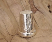 Thimble for sewing Sterling Silver Hand Engraved RF289