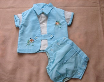 Vintage Boys 50s 2 tone Baby Set - Vintage Kids - 1950s baby clothes 3 pc Set with Embroidered Puppy - on sale