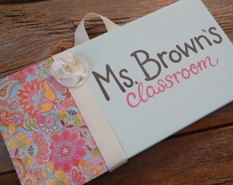 Teacher's room sign, 6x12 stretched canvas, flower pop with pale aqua
