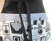 Art Teacher Apron - Gallery Assistant, Photographer, Vendor, Craft Apron, New Item, Vintage Camera Apron w/ Six Pockets - Black, Grey, Taupe
