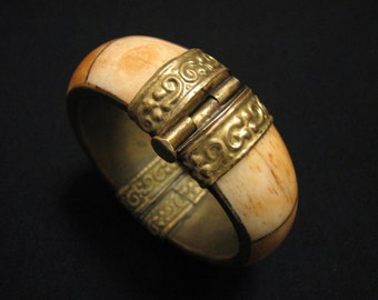 HUGE Antique Heavy Repousse Brass Inlaid Tusk Bone Hinged Bangle Bracelet