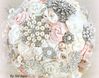 Brooch Bouquet, Blush, Cream, Ivory, Vintage Style, Elegant Wedding, Gatsby, Bridal Bouquet, Fabric Bouquet, Lace, Pearls, Crystals