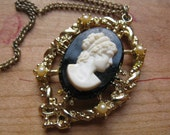 black cameo necklace. 1970's costume pearl beaded goth / victoriana pendant + gold chain.