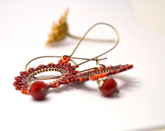 PASSIFLORA EARRINGS - beaded beads lace on copper ring - red
