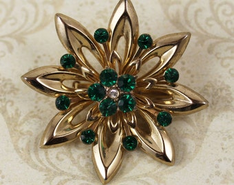 Vintage 1950s Coro Green Rhinestone Golden Star Brooch