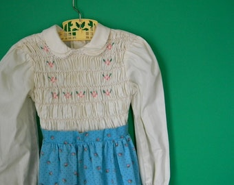 Vintage 1970s Girl's Aqua and Pink Smocked Dress - Size 6
