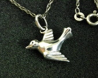 Dove Pendant Necklace in Sterling Silver. Made in Italy. 20.5 Inch Chain.