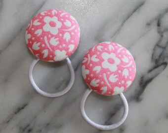 Flower pony tail holders make adorable party favors, gifts, everyday hair accessories!