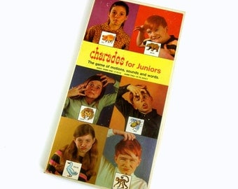 Charades for Juniors Board Game 1968 / The Game of Motions, Sounds and Words
