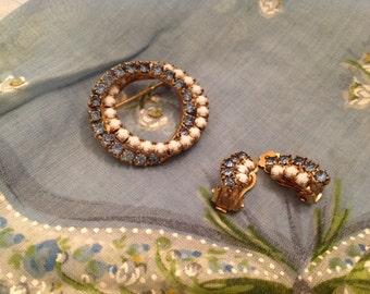 Beautiful Vintage Brooch Matching Clip On Earrings Aquamarine Milkglass Stones