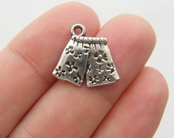 6 Boxer shorts charms antique silver tone CS150