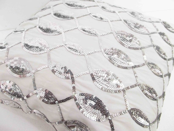 decorative white silver  sequins cushion with waves pattern in size 16x16inches
