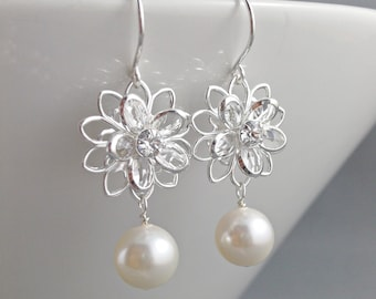 Bridal Earrings Bridal Jewelry Bridesmaids Wedding Party Gift Swarovski Daisy Filigree Crystal Flower Earrings Ivory White Champagne Pearl