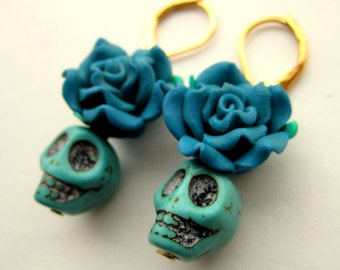 Day of the dead earrings, Turquoise flower and skull, Halloween Jewelry, Dia de los muertos
