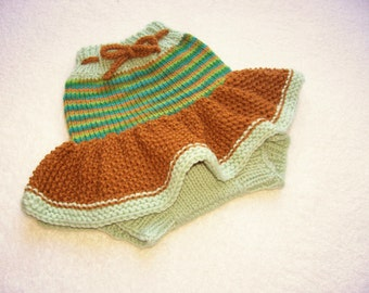 Hand Knitted Wool Diaper Cover Skirt Baby Wool Diaper Cover Wool Diaper Soaker Wool  Nappy Cover  size Small, 0-6 Months.
