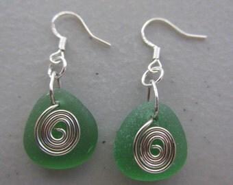 Green Sea Glass Earrings, Wire Wrapped Earrings, Dangle Earrings, Beach Glass Jewelry, Sea Glass Jewelry, Beach Glass Earrings