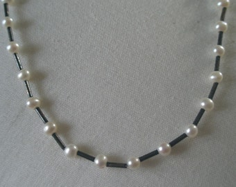 Vintage White Pearl Bead Choker Necklace