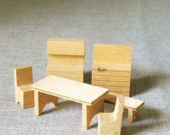 Dollhouse Furniture , Miniatures , Furniture , Table and Chairs , Dollhouse , Furniture , Art Supplies , Craft Supplies , Wooden Furniture