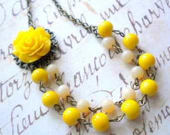 Yellow Necklace Maid Of Honor Gift Summer Wedding Jewelry Yellow Rose Necklace Flower Necklace Yellow Bridesmaid Necklace Yellow Jewelry