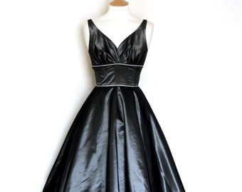 Slate Grey Taffeta Sweetheart Party Dress - Made by Dig For Victory