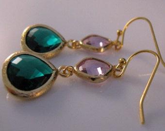 Beautiful gold bezel earrings, drop earrings, dangle earrings, gold earrings, bezel earrings, crystal earrings