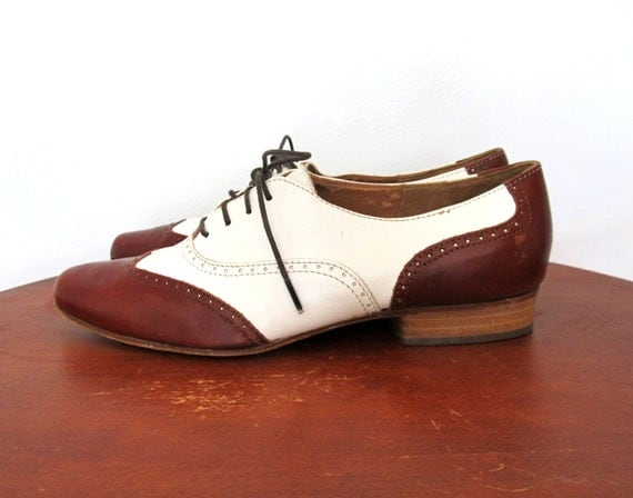 Free shipping BOTH ways on Oxfords, Brown, Women, from our vast selection of styles. Fast delivery, and 24/7/ real-person service with a smile. Click or call